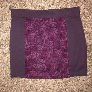 American Eagle pink and purple skirt